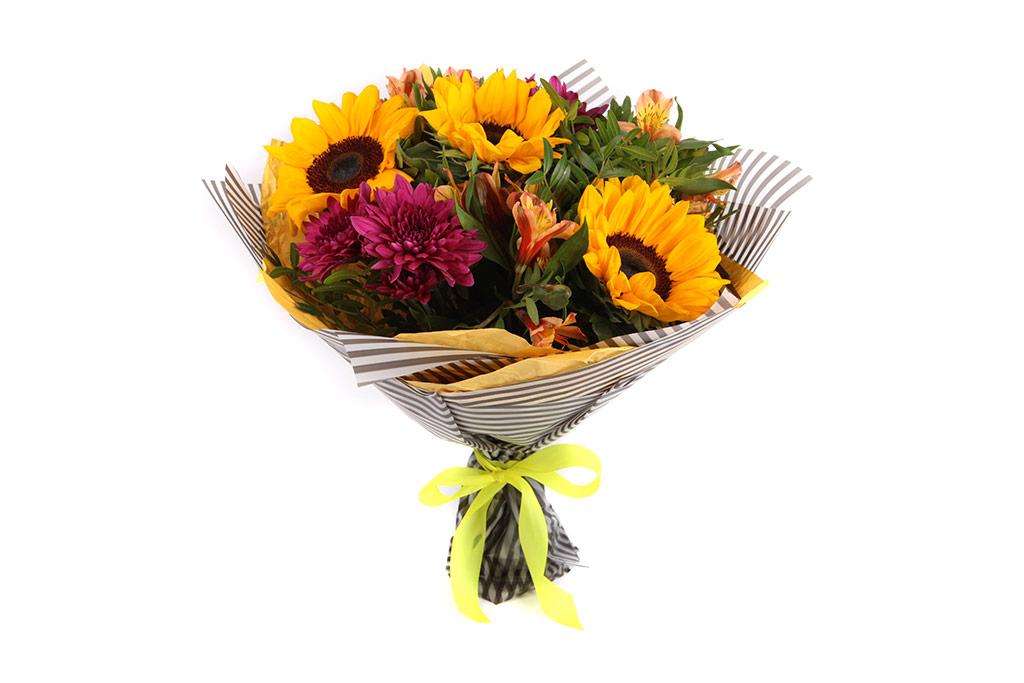 Актуальная доставка цветов в Самаре знает, когда дарить букеты получателям