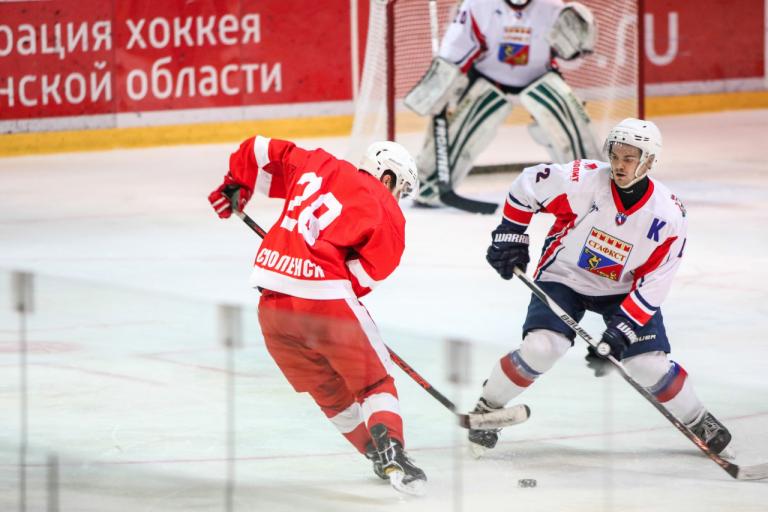 В Смоленске хоккейный клуб «Монолит» сразится со «Славутичем-2003» и «Статус-Авангардом»