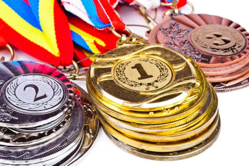 Какими денежными призами награждают спортсменов Смоленской области