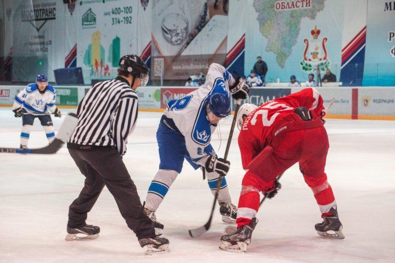 Cтало известно расписание игр чемпионатов Смоленской области и Смоленска по хоккею
