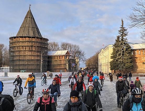 Более 12 тысяч смолян приняли участие в спортивных мероприятиях на зимних каникулах