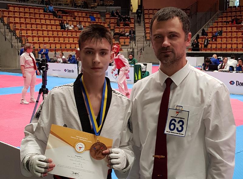 Смолянин стал призером европейского турнира по тхэквондо