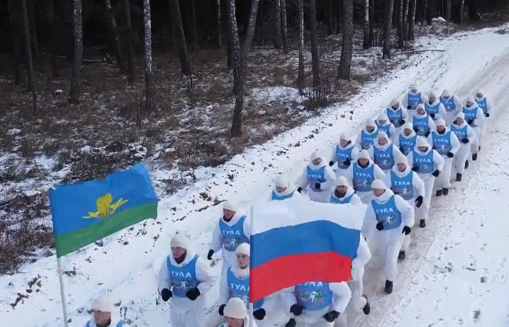 Смоленск стал точкой на маршруте мемориального марш-броска тульских десантников