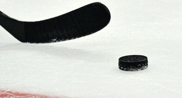 НХЛ временно сократит зарплаты своим сотрудникам