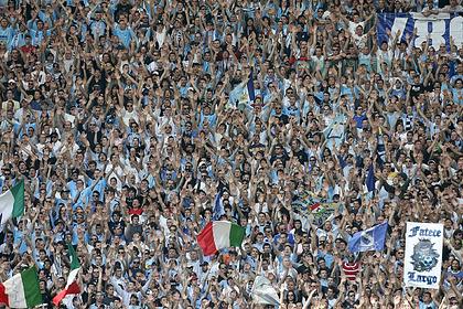 Итальянский футбольный клуб заменит болельщиков на трибунах их фотографиями