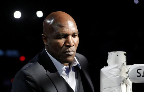 Бывший чемпион мира по боксу Эвандер Холифилд намерен вернуться на ринг