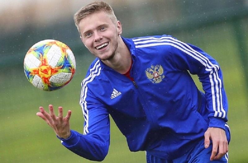 Смоленский футболист вошел в топ-10 самых дорогих российских игроков не старше 18 лет