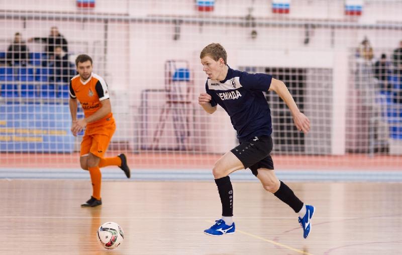 Смоленский клуб «Красный» подписал еще пятерых футболистов