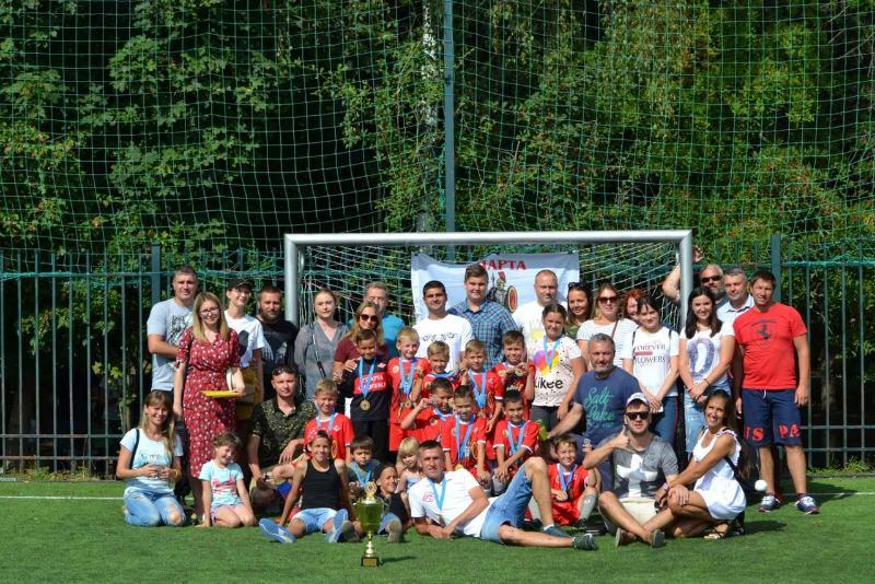 Одни против всех. Смоленская детская футбольная школа одержала победу на турнире в Москве