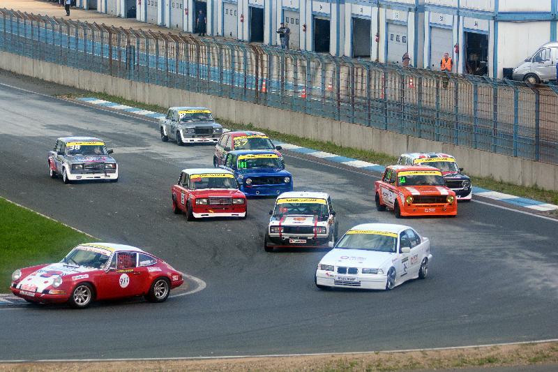 Эпоха классицизма, или Как в Смоленской области на «копейке» обогнать Porsche