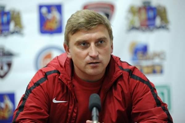 В ФК «Смоленск» за лето сменили три главных тренера