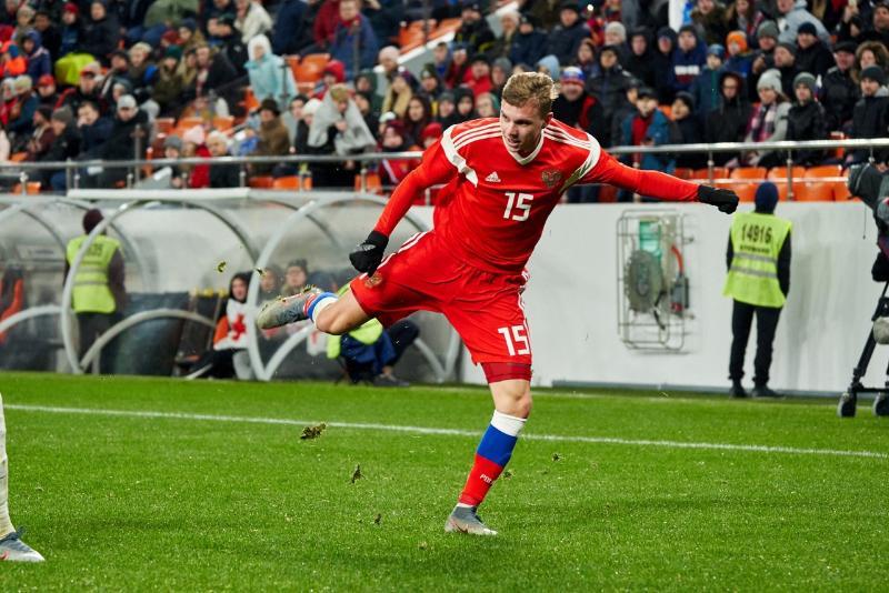 Смоленский футболист забил один из самых быстрых мячей в истории сборной России