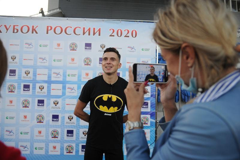 Смоленский «Бэтмен» против всего света. Как смоленские легкоатлеты выступили на Кубке России