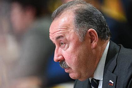Газзаев назвал зарплаты футболистов оправданными и обратил внимание на олигархов