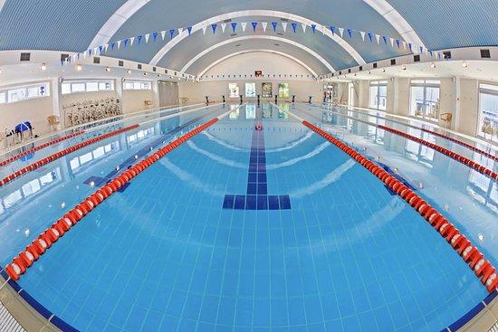 В смоленском поселке в 2021-м откроют бассейн