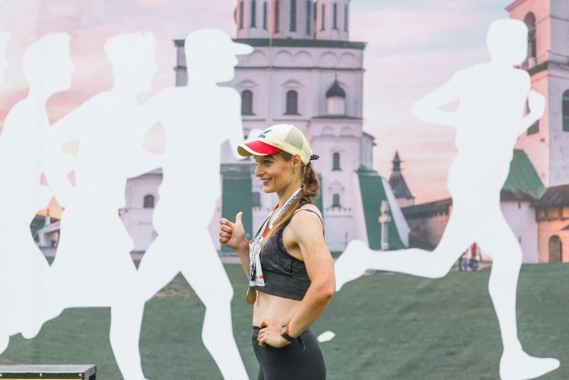 Стальной характер. Учительница начальных классов из Смоленска выиграла медаль на Псковском марафоне