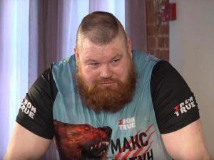 Дацик вступился за Харитонова и бросил вызов избившему его бойцу
