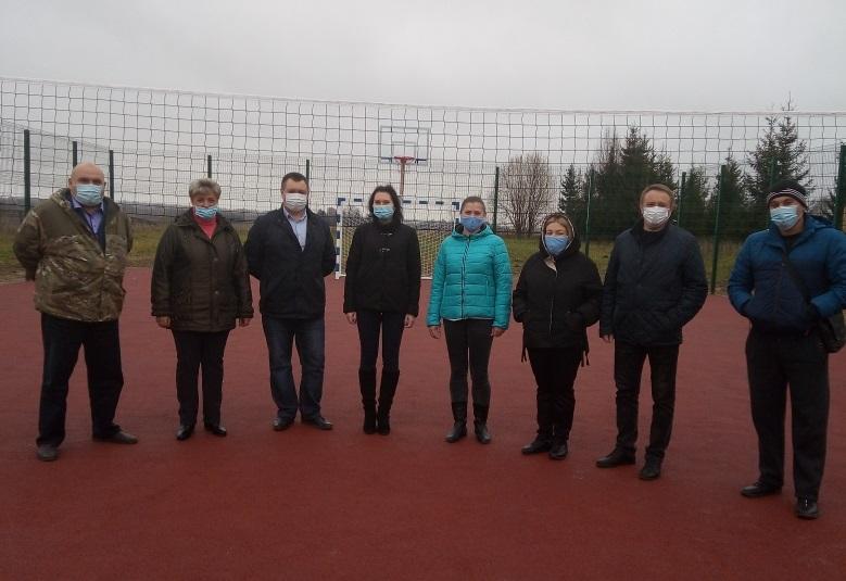 В смоленской деревне открыли спортивную площадку