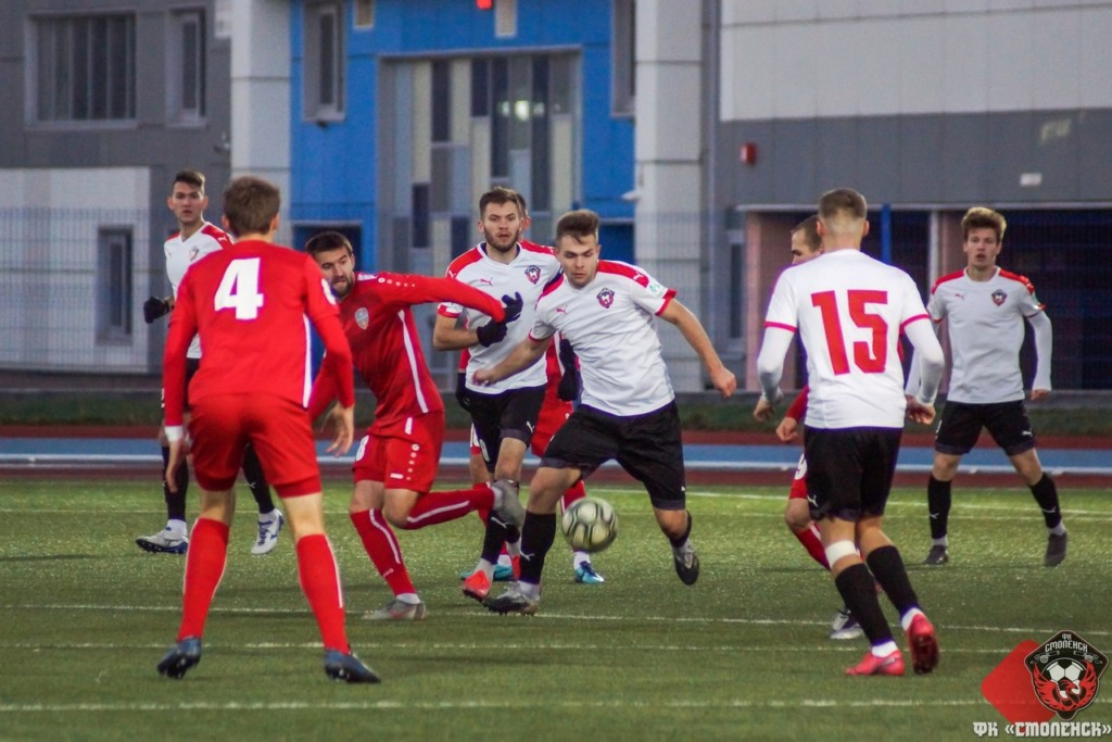 ФК «Смоленск» проиграл в последнем матче года