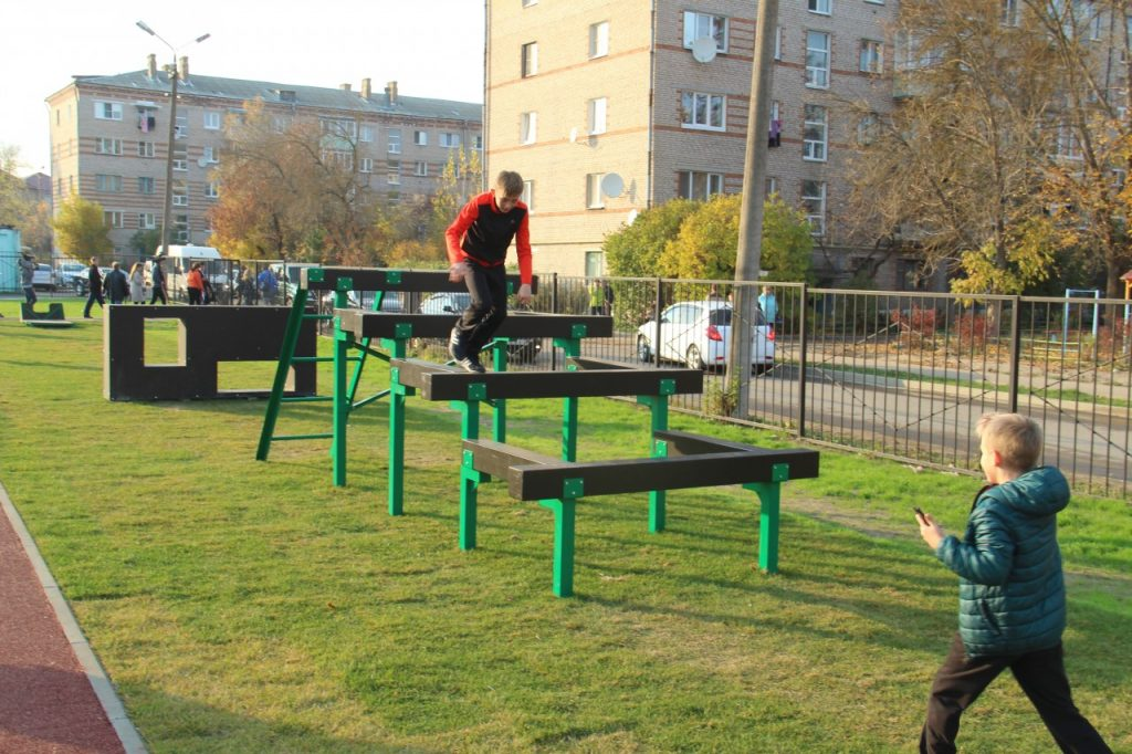 В Смоленской области отремонтируют три школы и установят пять спортплощадок