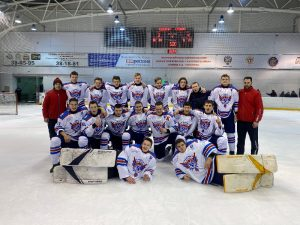 Смоленские хоккеисты выиграли «бронзу» всероссийского турнира