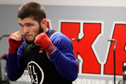 Нурмагомедову отказали в звании бойца года в MMA