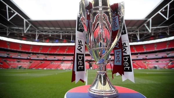 DM: чемпионат Англии по футболу могут приостановить из-за коронавируса