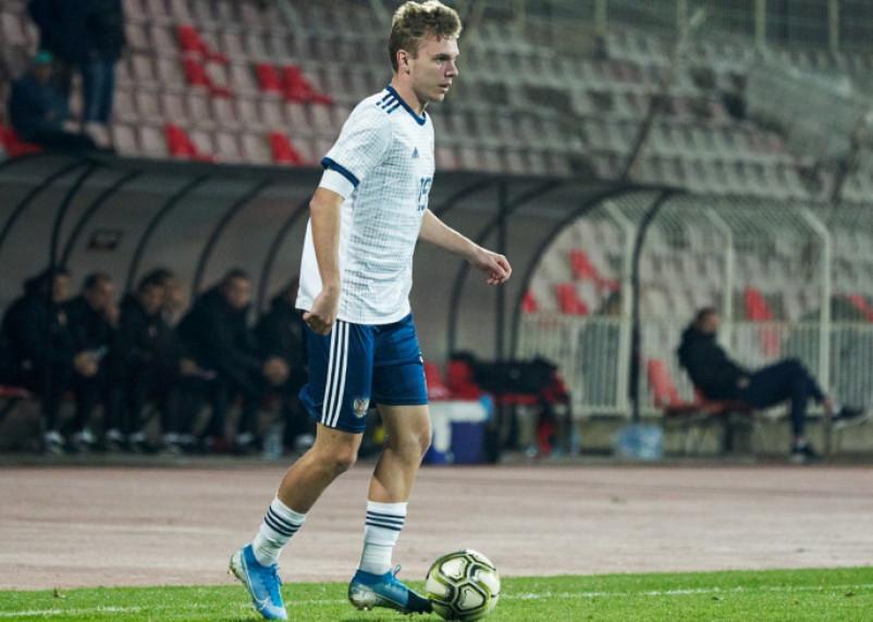 Смоленский футболист пополнил состав футбольного клуба «Химки»