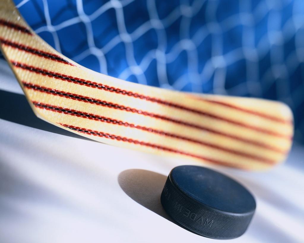 Лидерами «Золотой шайбы» в Смоленске стали дальневосточные хоккеисты