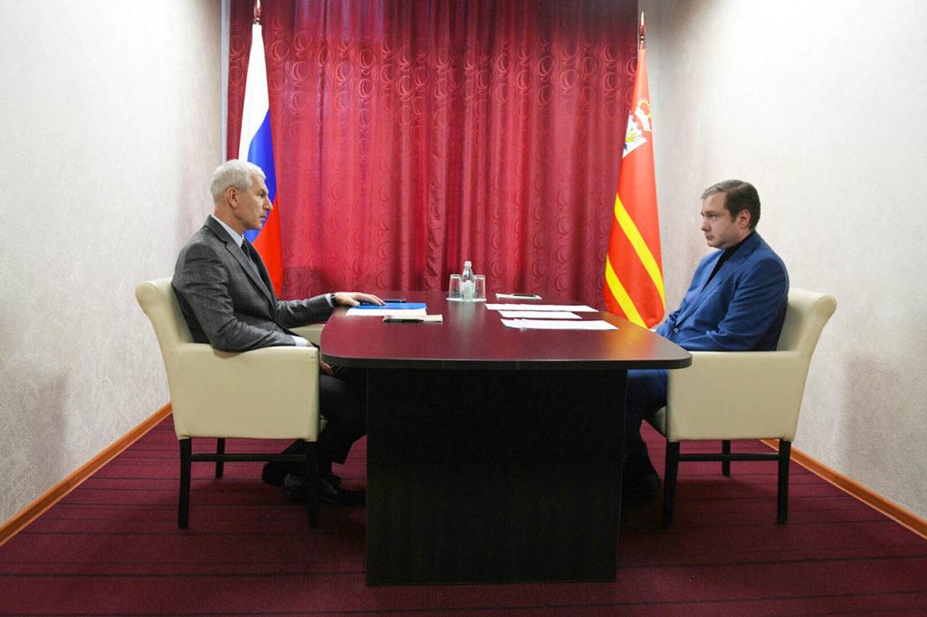 В Смоленске прошла рабочая встреча губернатора Островского с министром спорта Матыциным