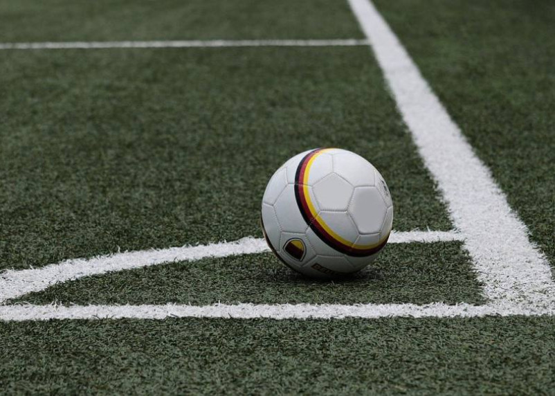 В Смоленской области собираются построить манеж и увеличить число девушек в футболе