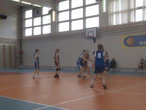 В Смоленске состоялся товарищеский баскетбольный турнир среди девушек