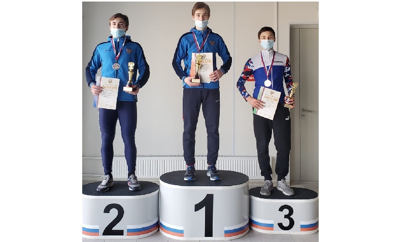 Смоляне привезли медали с первенства России по шорт-треку