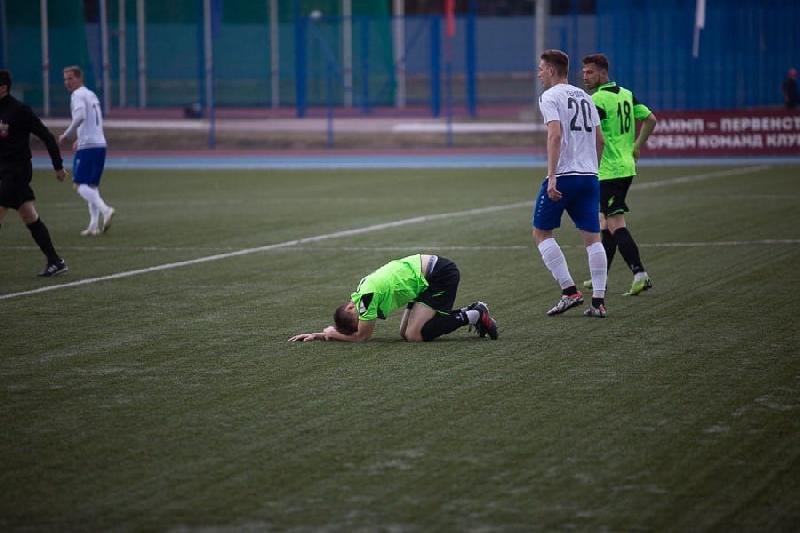 Смоленские футболисты из «Красного» сыграли вничью с «Квантом»
