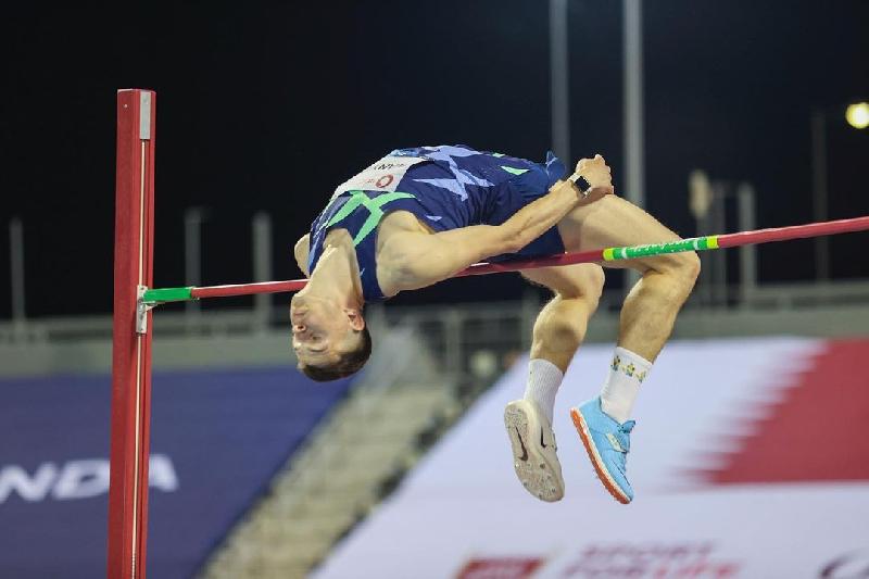 «Прыгать в 40-градусную жару небезопасно для здоровья». Илья Иванюк – о победе в Катаре