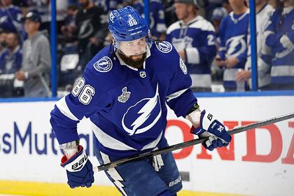 Кучеров играл в плей-офф НХЛ с переломом ребра