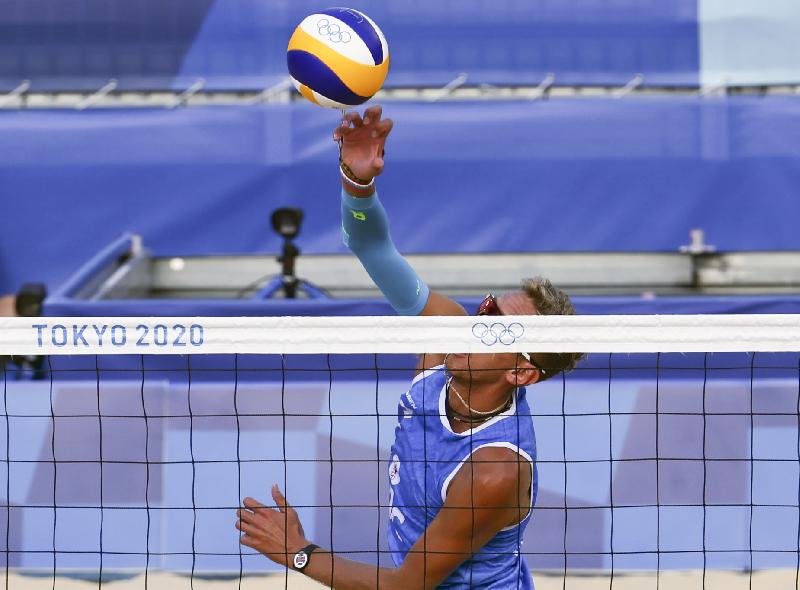Семенов – в плей-офф Олимпиады. Смоленский волейболист одержал вторую победу на Играх в Токио