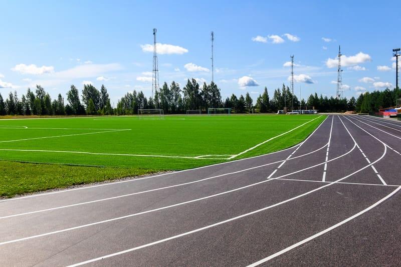 В Смоленской области на реконструкцию футбольного поля направили более 41 млн рублей