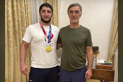 Депутат Госдумы подарил олимпийскому чемпиону миллион долларов