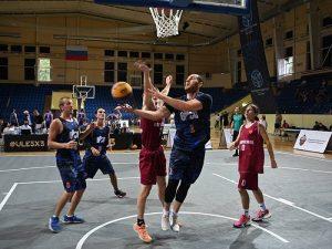 Смоленск снова собрал сильнейшие баскетбольные команды страны