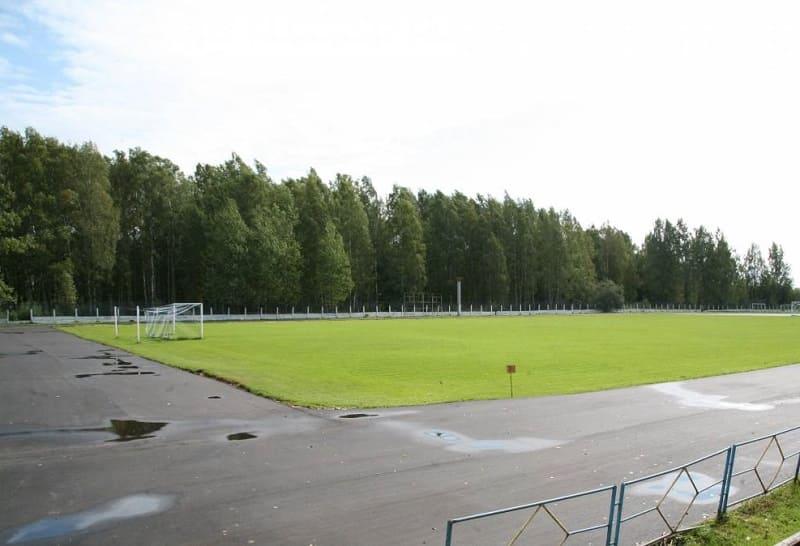 В городе Сафоново Смоленской области ремонтируют стадион