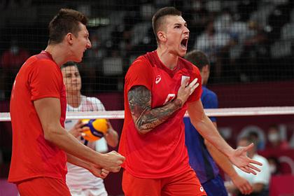 Российские волейболисты проиграли в стартовом матче чемпионата Европы