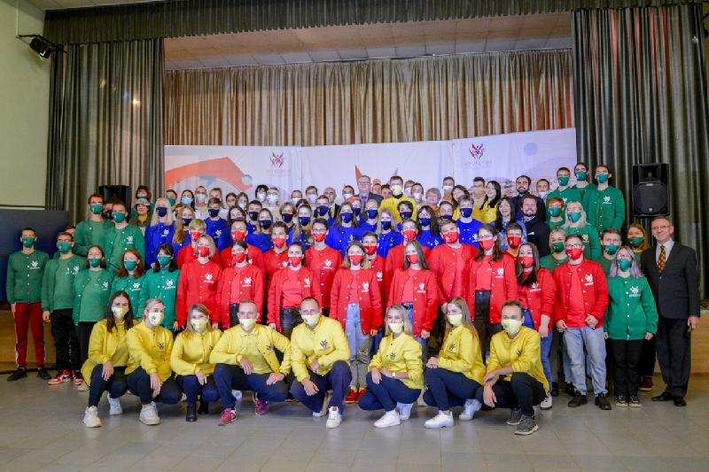 В Смоленской области открылись межнациональные патриотические сборы молодежи «Кривичи»