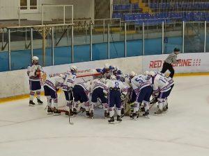 Смоленские хоккеисты во второй раз подряд крупно проиграли в первенстве ЮХЛ